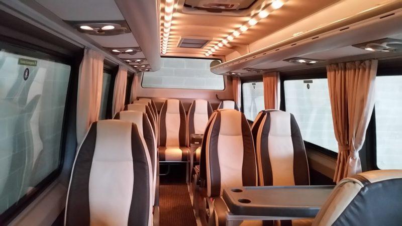 Star Expo Minibus Int 1