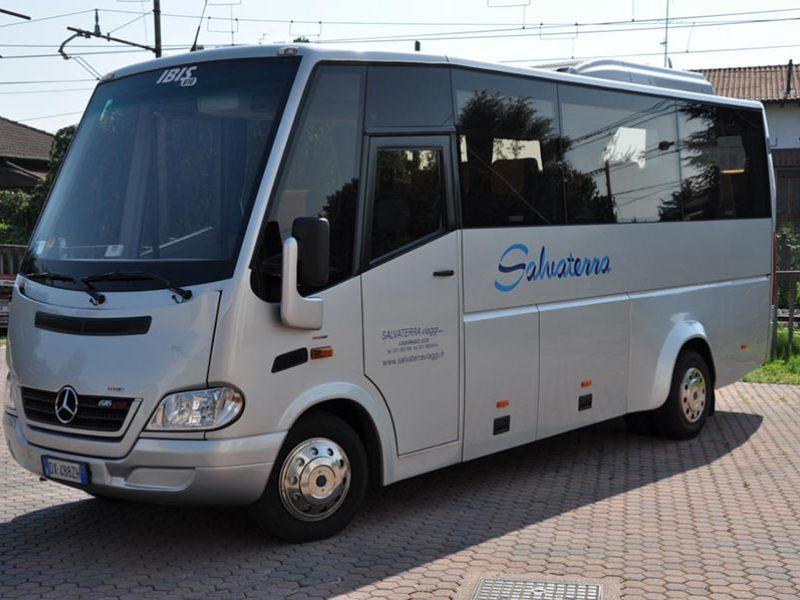 Noleggio Mercedes Benz Ibis 616 Viaggi Como